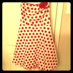 White and red retro dress